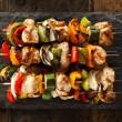Smak grilla jesienią i zimą, czyli przysmaki prosto z patelni grillowej